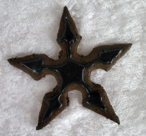 Throwing star cake for a ninja party